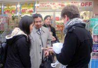 キリン堂の店舗を訪問した研修員は販売における様々な工夫に新たなアイディアを得ることができました。
