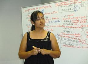 2011年度の研修員、ホンジュラスのアダさんは、鉱山跡地を地域観光振興の拠点にする活動を進めています。