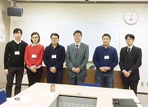 モンゴル人と日本人はそっくりです。右から3 番目が大阪カシミヤ渡辺講師です。