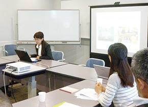 兵庫県による広東省の食の安全プロジェクト。 訪日研修の成果を報告する広東省の研修員。