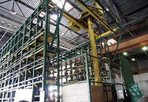 畜産設備や施設を製造するBratslav Groupの工場内部