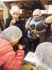 研修員は、創業の想いを継承することの大切さと、伝統的な食品であっても、新しいものとして市場を創造することができる可能性があり、その実現のための具体的な手法などを学ばせていただきました。