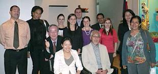 コスタリカの帰国研修員との懇親会。中米貿易研修の第一期生も集まってくれました。