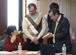 講義後、研修員から清水社長の本をロシア語に翻訳したい、という声がありました。