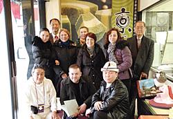 中央アジア講師候補研修参加者と記念写真