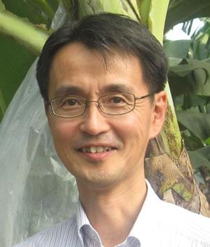 上田隆文 氏