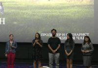 キルギスを代表する映像制作会社のCEOチンギスさん(写真中央)